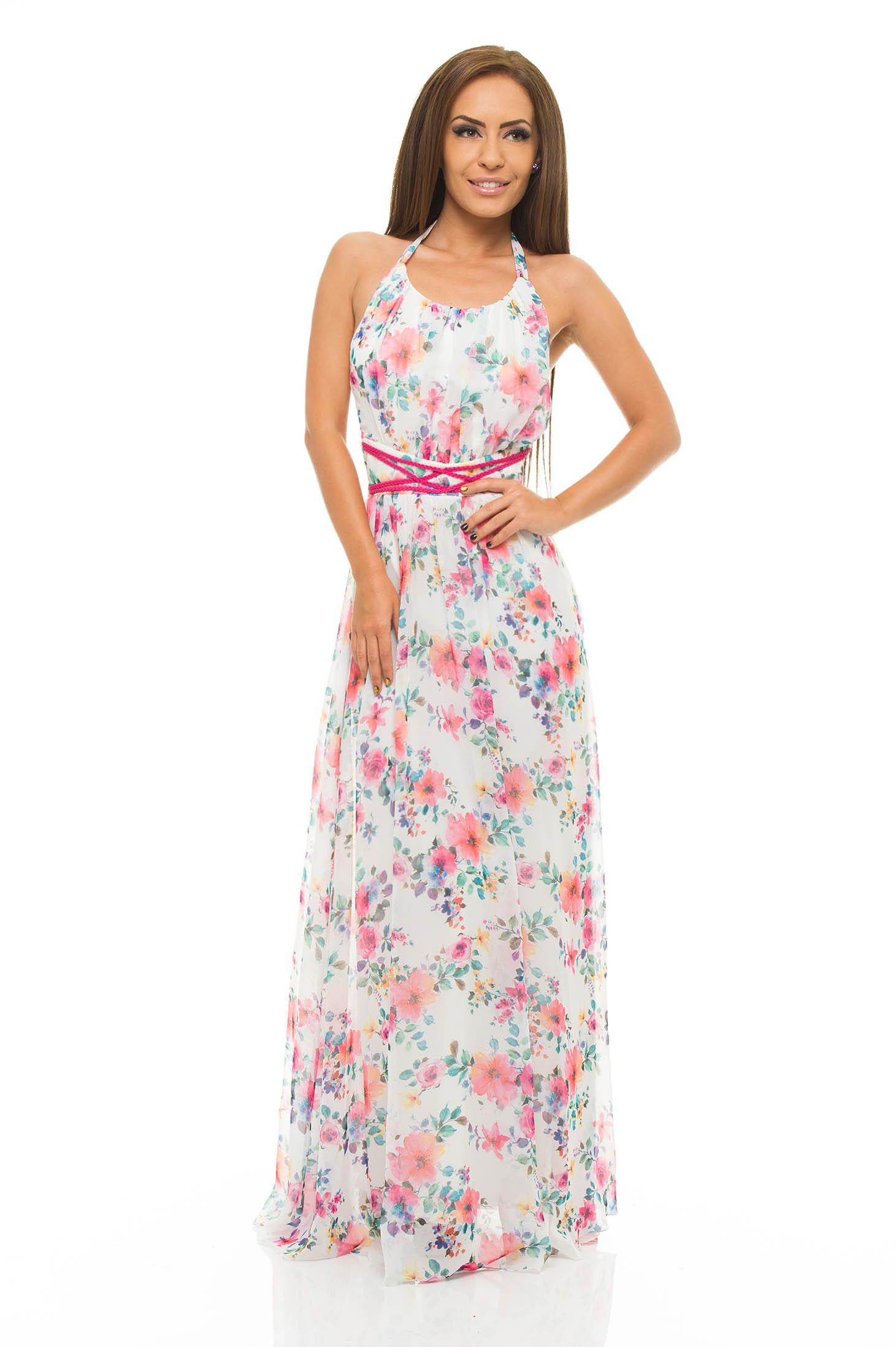 Asadar, poti alege o rochie colorata, o rochie simpla sau o rochie cu aplicatii,rochii de ocazie, rochii de seara, rochii lungi, rochii de zi sau rochii office tocmai pentru a obtine un look fashion bine definit.