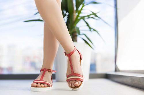 Sandale-geson-rosii-ieftine